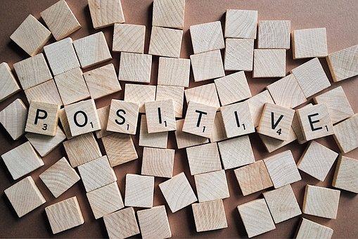 positif positiver réagir positivement
