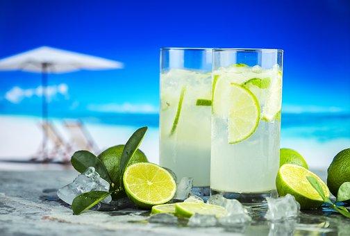 boisson fraiche ; penser à boire lorsqu'il fait chaud; se rafraichir