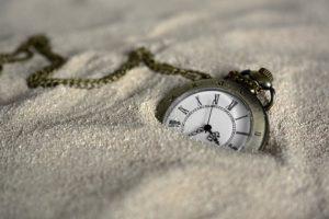 lâcher la montre, oublier le temps, fini la course contre la montre