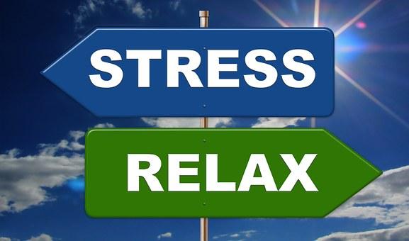 panneau flèches stress opposée à relax; antistress