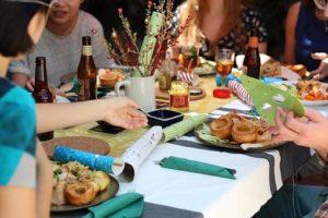 repas en famille, avec des amis